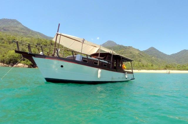 aluguel-barco-paraty-009