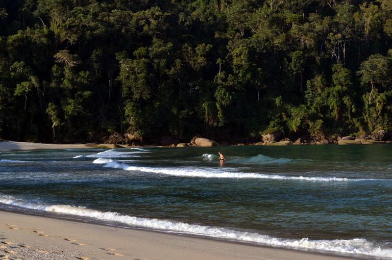 praia-laranjeiras-405