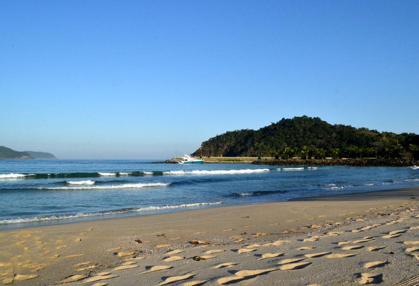 praia-laranjeiras-715