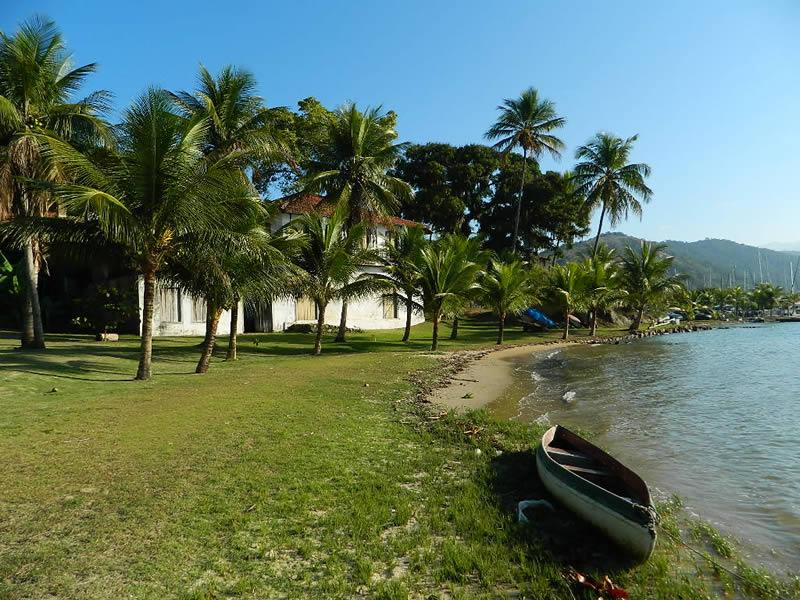 praia_cantagalo_paraty_2