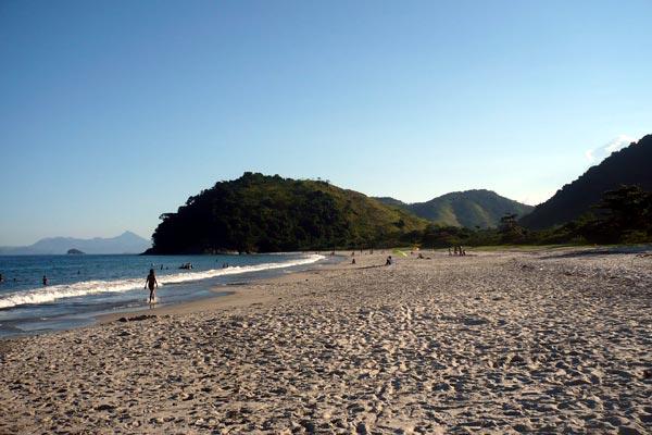 praia-coqueiros-paraty-1