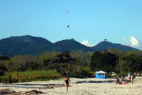 praia-coqueiros-paraty-2
