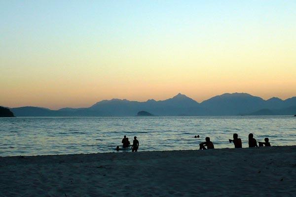 praia-coqueiros-paraty-5