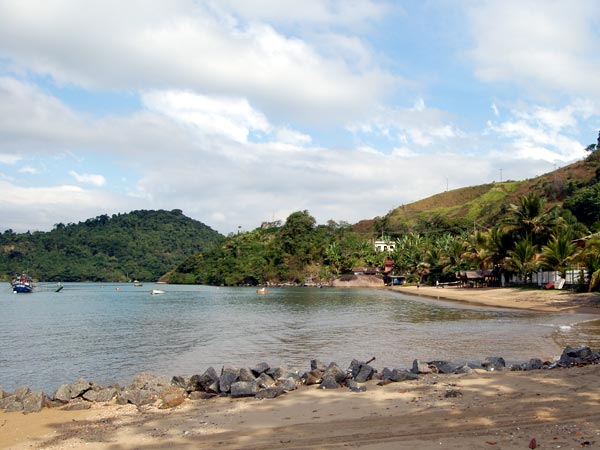 praia-corumbe-paraty-2
