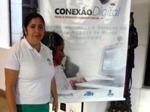 Professora de TI da Associação Cairuçu, Gilmara Kíria