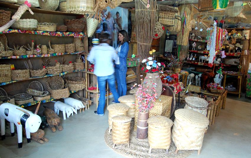 Loja De Artesanato Gamelinha ~ Paraty, Conheça a loja de artesanato do Quilombo do Campinho Governo& ONGs Paraty Pousadas