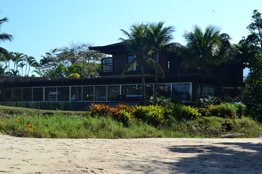 praia-laranjeiras-385