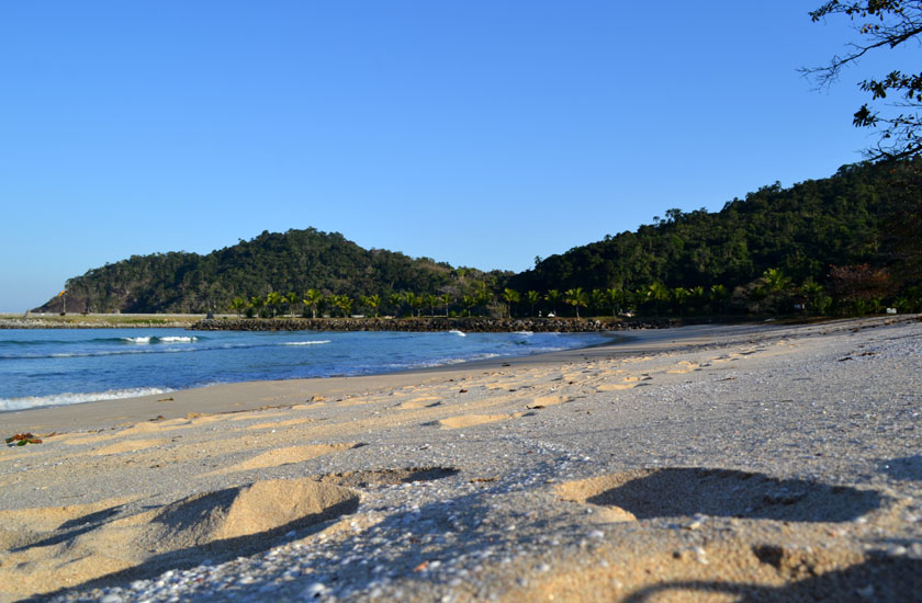 praia-laranjeiras-685