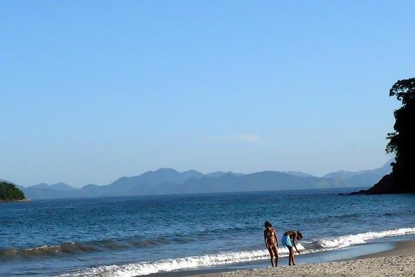 praia-coqueiros-paraty-10