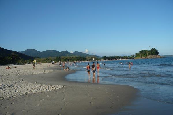 praia-coqueiros-paraty-12