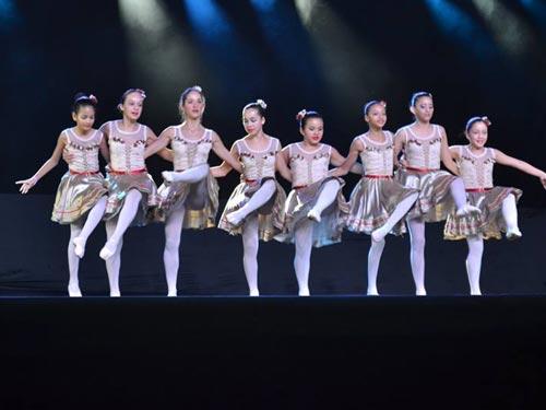12-danca-paraty-cairucu-pol
