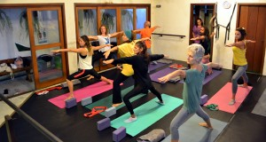 yoga-paraty-cairucu-pol1